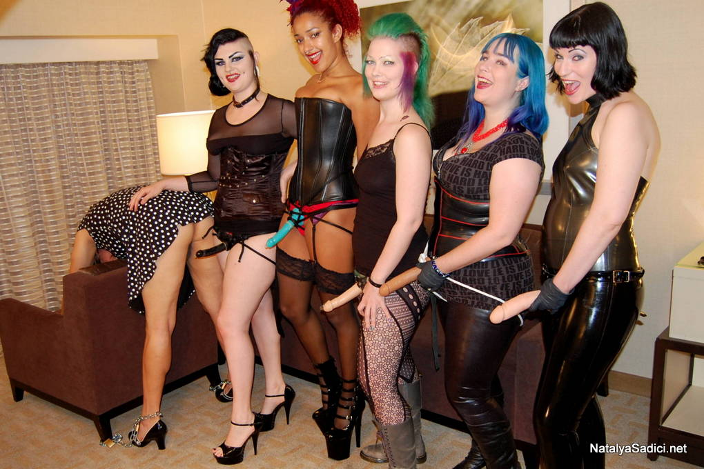 gangbangparty bdsm party